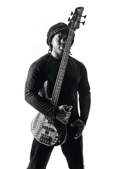 Victor Wooten_photo_copy_550