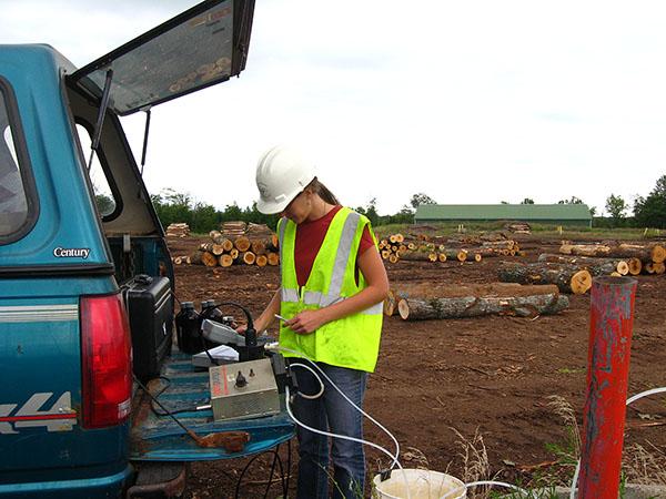 UPEA Geopump monitoring well sampling