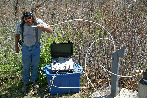 Groundwater sampling using Geocontrol 2