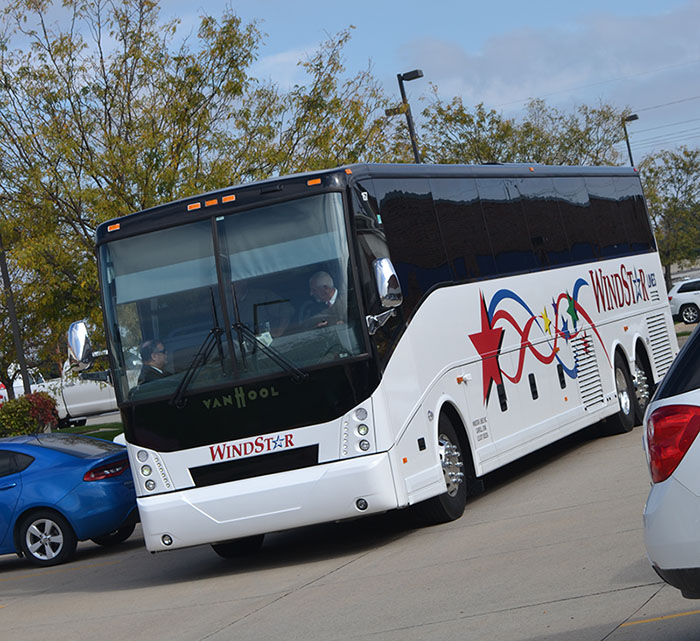 Bus Tour_Bus